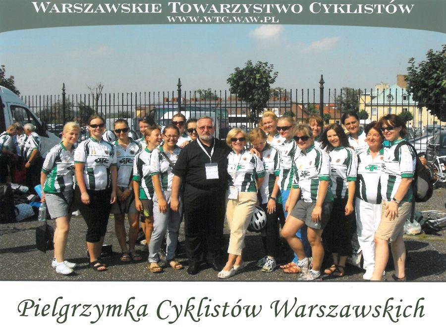 Członkowie Warszawskiego Towarzystwa Cyklistów na czele z Prezesem dr hab. Janem Bestry