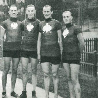 Drużyna, która wywalczyła, pierwszy dla Polski, srebrny medal na Igrzyskach Olimpijskich.