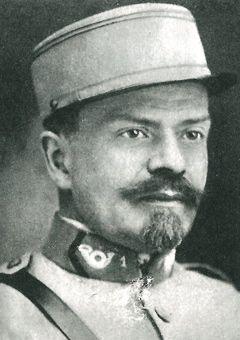 Wacław Gąsiorowski, który podstępem zalegalizował sztandar Towarzystwa.
